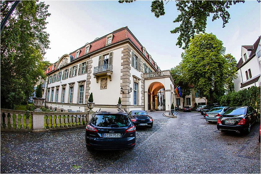 hochzeitsfotograf berlin stellt das schlosshotel grunewald vor hochzeitsfotograf berlin. Black Bedroom Furniture Sets. Home Design Ideas